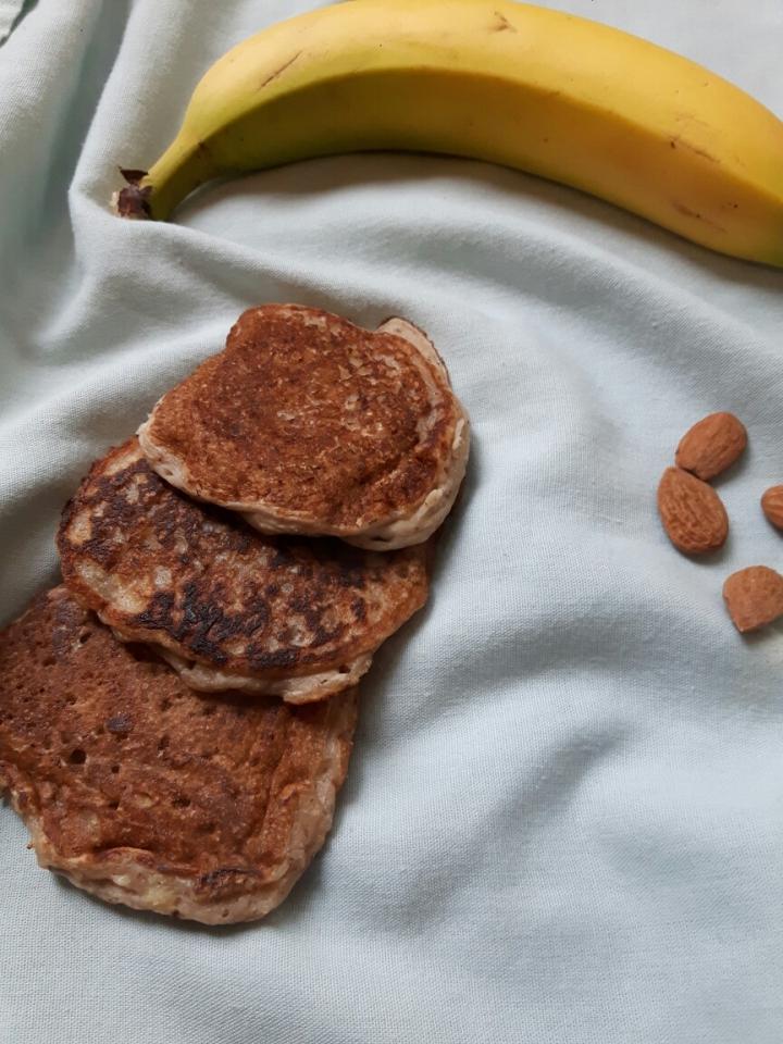 Pancakes vegan à la banane etamande