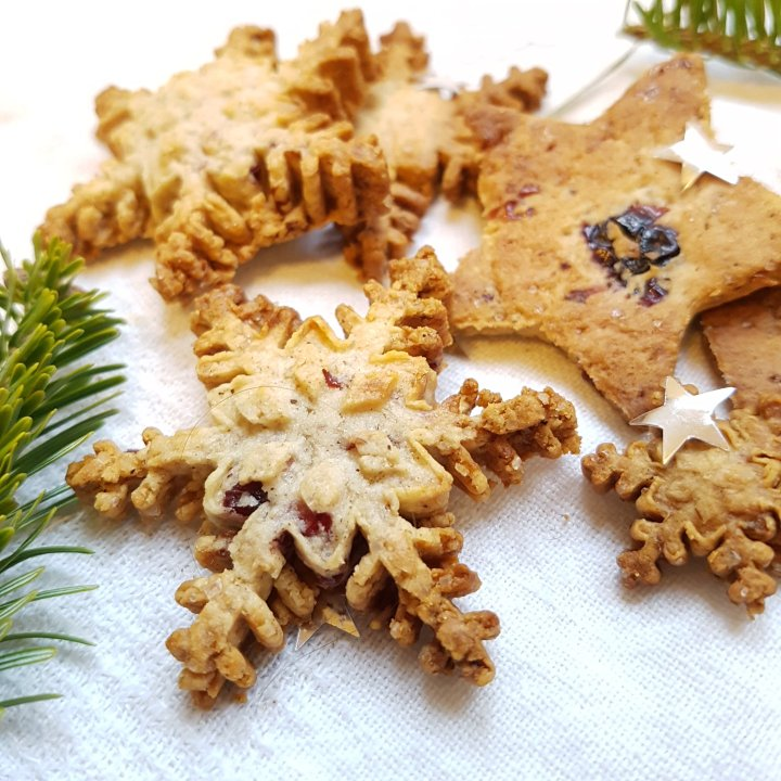 Petits biscuits aux saveurs d'hiver etcranberries