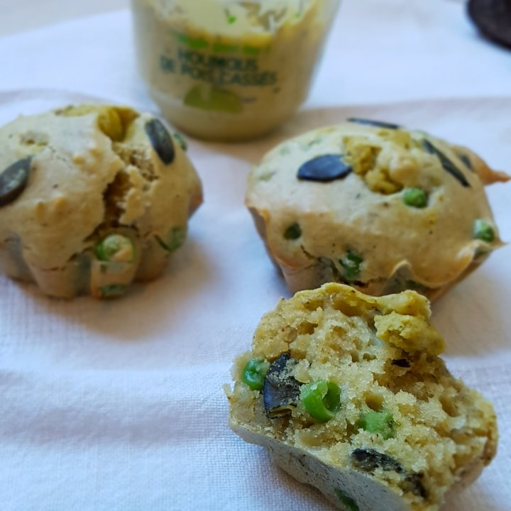 Muffins salés au houmous et petitspois